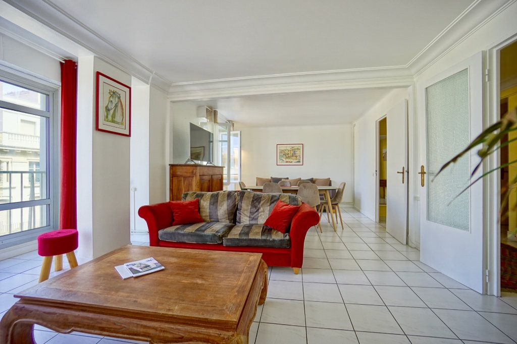 Appartement à vendre 4 89.83m2 à Biarritz vignette-3