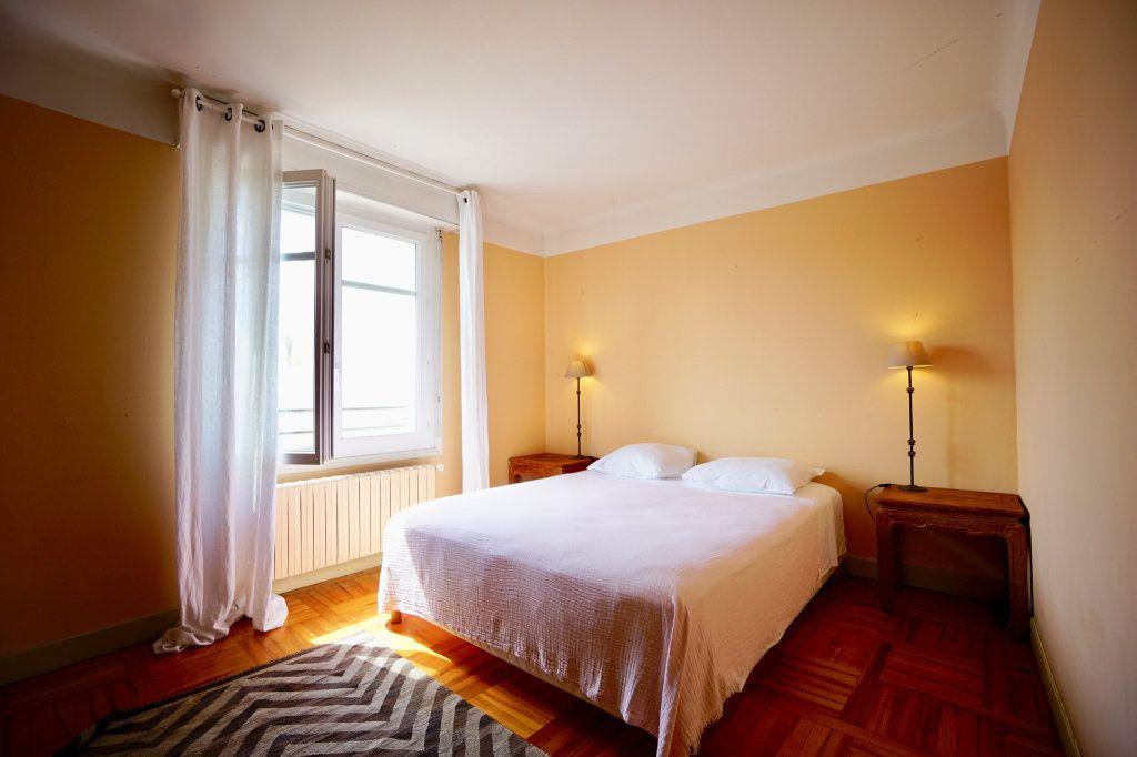 Appartement à vendre 4 89.83m2 à Biarritz vignette-5