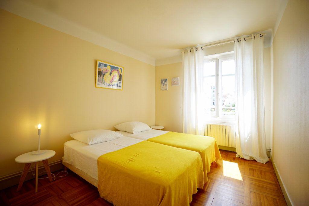 Appartement à vendre 4 89.83m2 à Biarritz vignette-6