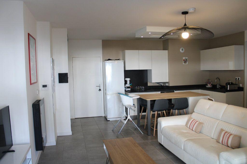 Appartement à vendre 3 66.7m2 à Anglet vignette-1