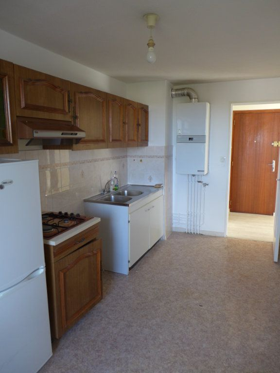 Appartement à louer 3 61.08m2 à Anglet vignette-3