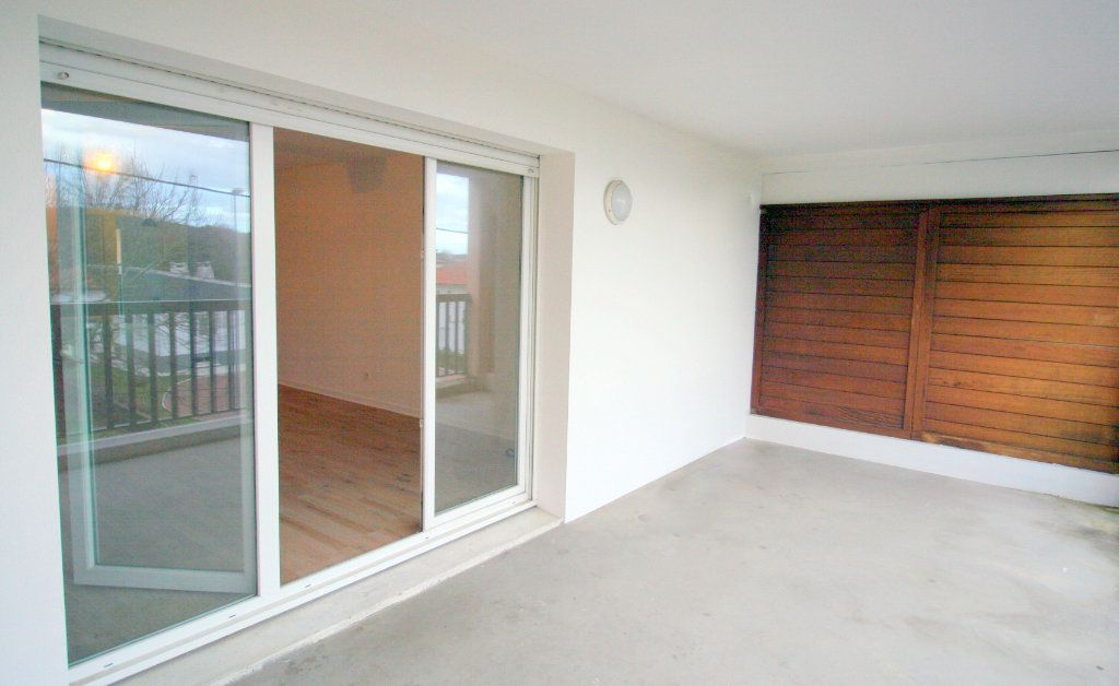 Appartement à vendre 3 73m2 à Anglet vignette-1
