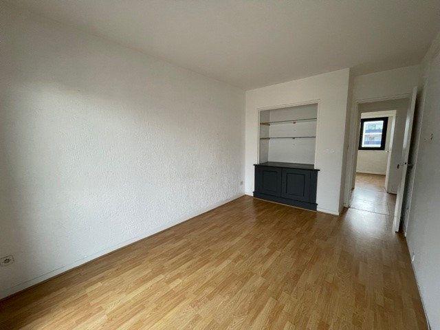 Appartement à vendre 4 79.45m2 à Biarritz vignette-4