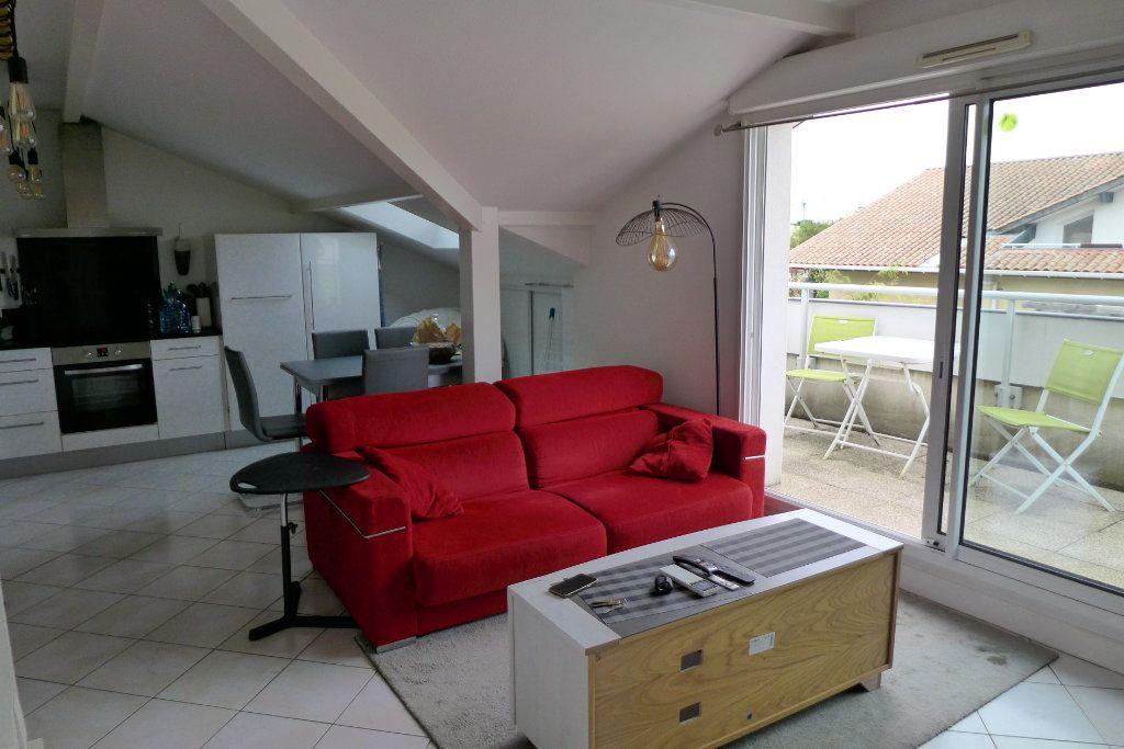 Appartement à louer 2 44m2 à Anglet vignette-1