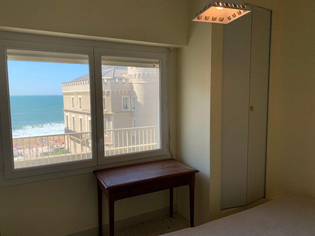 Appartement à vendre 1 12m2 à Biarritz vignette-2