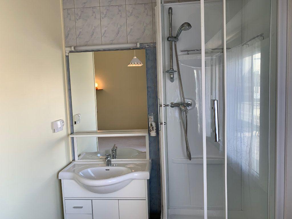 Appartement à vendre 1 12m2 à Biarritz vignette-3