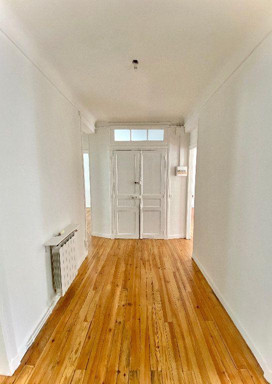 Appartement à vendre 4 87.19m2 à Biarritz vignette-2