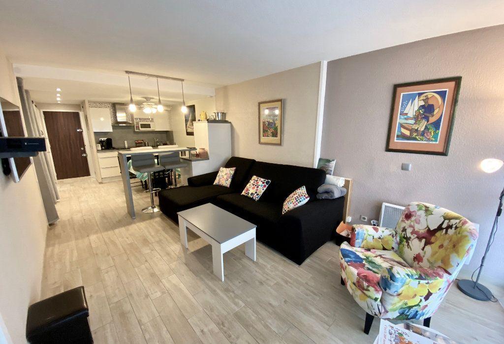 Appartement à vendre 2 48m2 à Biarritz vignette-2