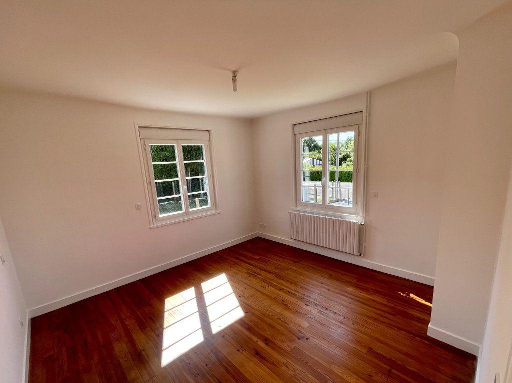 Maison à louer 4 92m2 à Anglet vignette-5