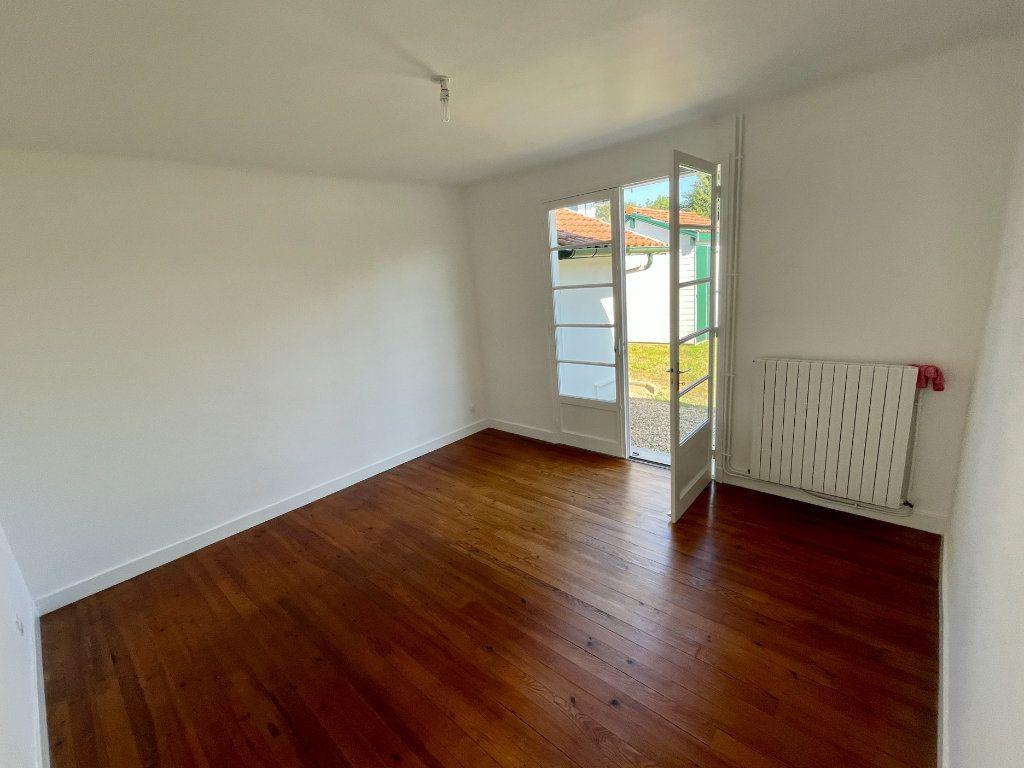 Maison à louer 4 92m2 à Anglet vignette-7
