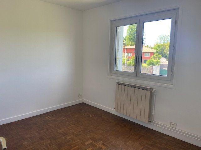 Appartement à vendre 4 65.59m2 à Bayonne vignette-4