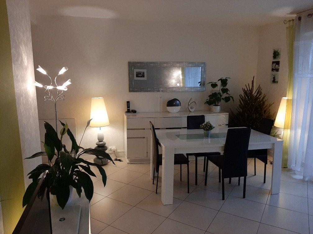 Appartement à vendre 4 81.21m2 à Bayonne vignette-2
