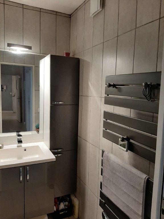 Appartement à vendre 4 81.21m2 à Bayonne vignette-6