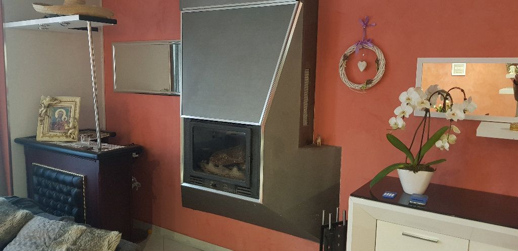 Appartement à vendre 2 52m2 à Trets vignette-1
