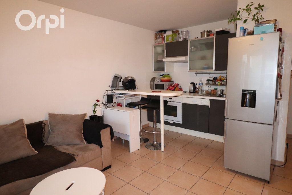 Appartement à vendre 2 38m2 à Marseille 10 vignette-3