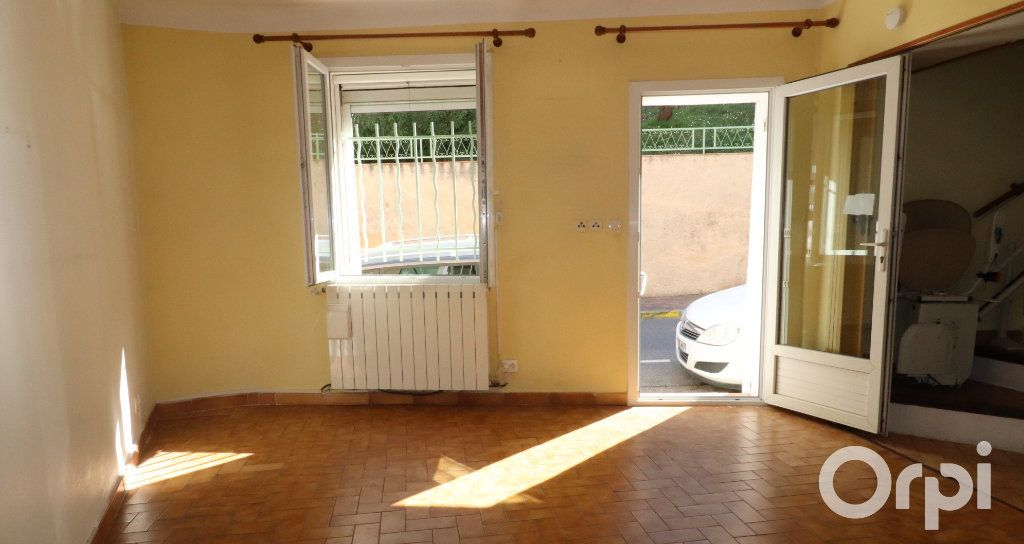 Maison à vendre 3 73m2 à Roquevaire vignette-1