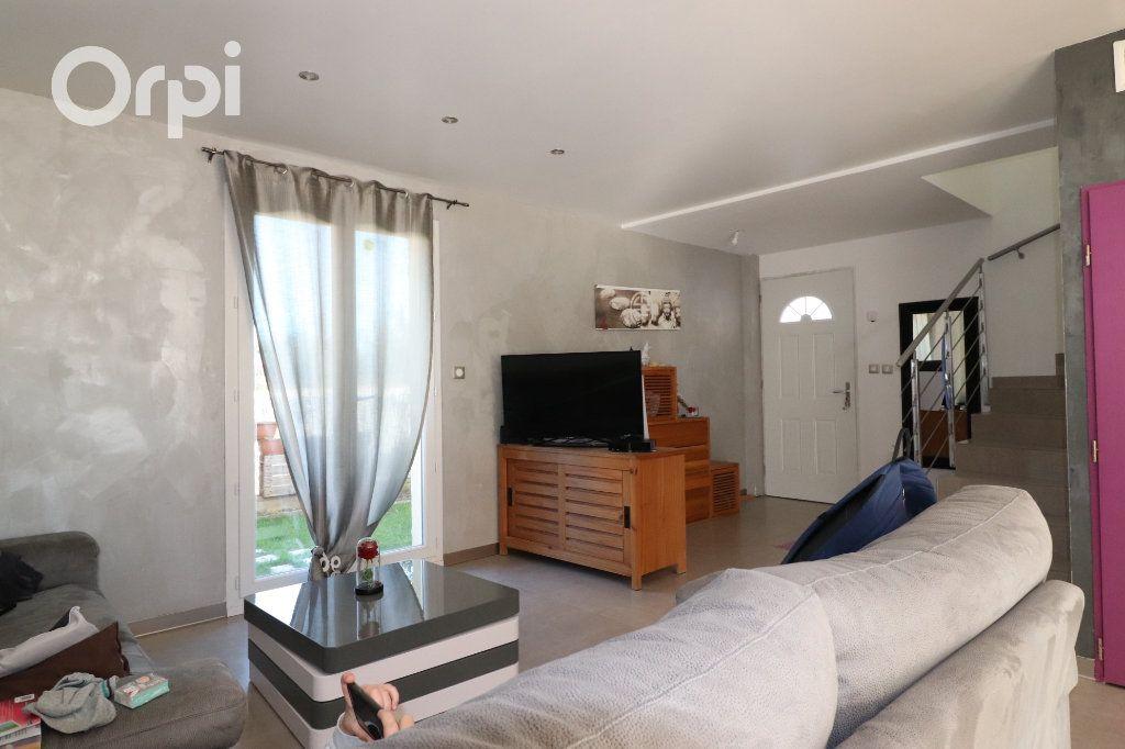 Maison à vendre 4 100m2 à Roquevaire vignette-2