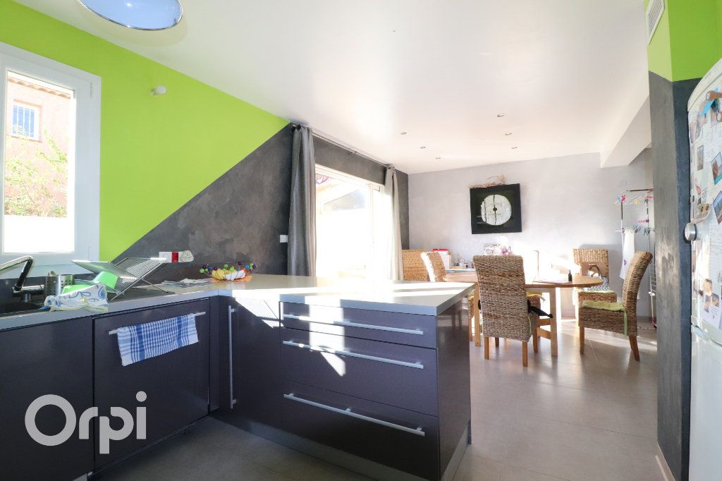 Maison à vendre 4 100m2 à Roquevaire vignette-4