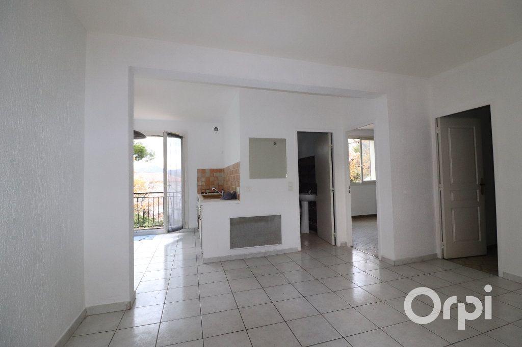Maison à vendre 4 143m2 à Aubagne vignette-7