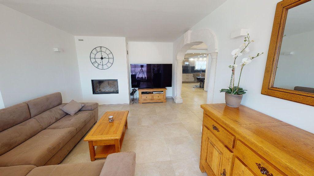 Maison à vendre 7 270m2 à Marseille 13 vignette-5