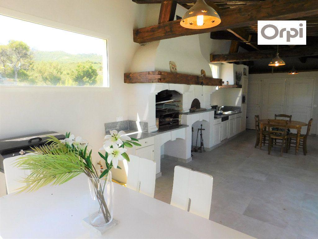 Maison à vendre 7 270m2 à Marseille 13 vignette-17