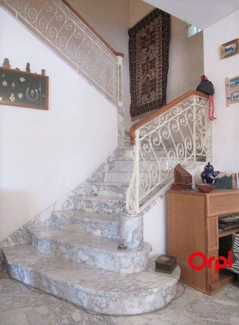 Maison à vendre 8 240m2 à Auriol vignette-8
