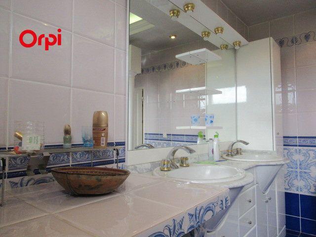 Maison à vendre 8 240m2 à Auriol vignette-11