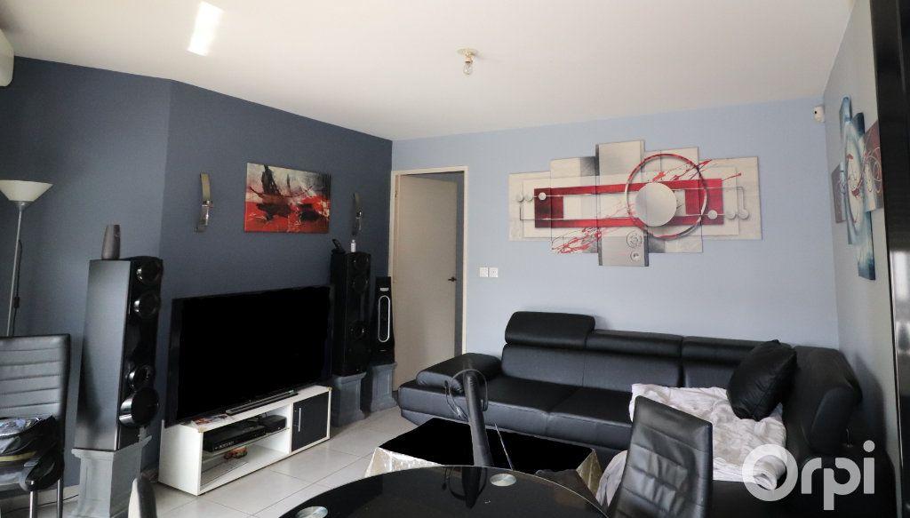 Appartement à vendre 3 58m2 à Aubagne vignette-2