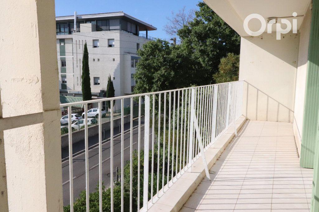 Appartement à louer 4 82m2 à La Ciotat vignette-1