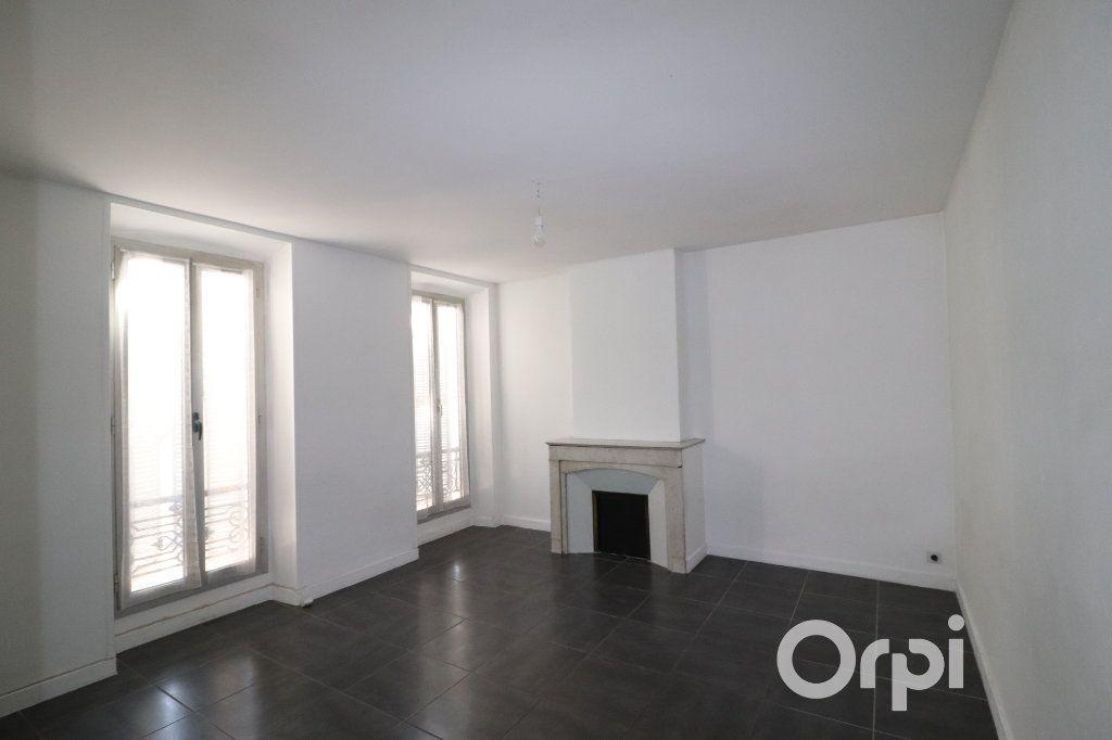 Appartement à louer 2 40m2 à Roquevaire vignette-1