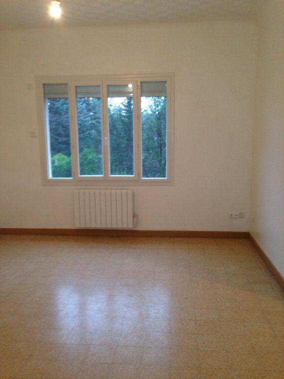 Appartement à louer 3 70.78m2 à Bouc-Bel-Air vignette-1