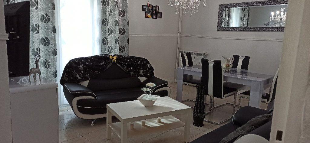 Appartement à vendre 2 49m2 à Marignane vignette-1