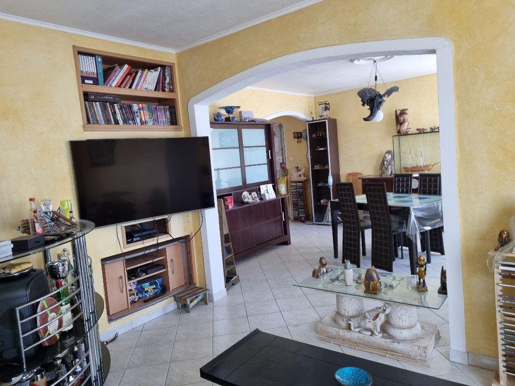 Appartement à vendre 3 63.92m2 à Marignane vignette-3