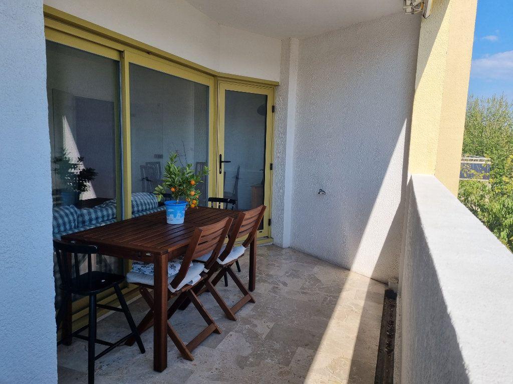 Appartement à vendre 3 78.76m2 à Marignane vignette-3