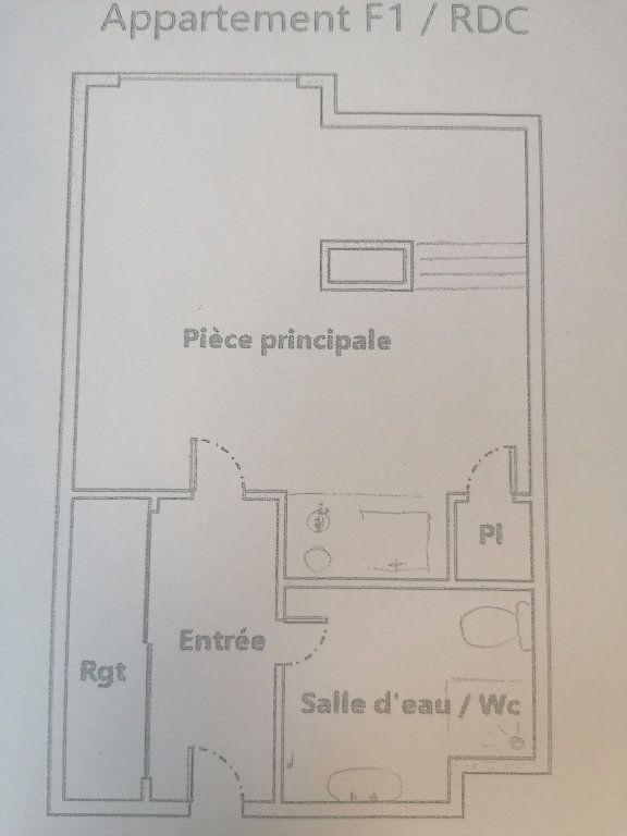 Appartement à louer 1 25m2 à Brive-la-Gaillarde plan-1