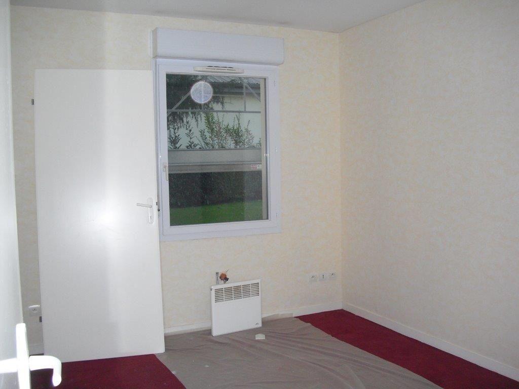 Appartement à louer 2 47.54m2 à Brive-la-Gaillarde vignette-5