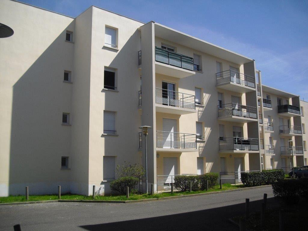 Appartement à louer 2 47.54m2 à Brive-la-Gaillarde vignette-8