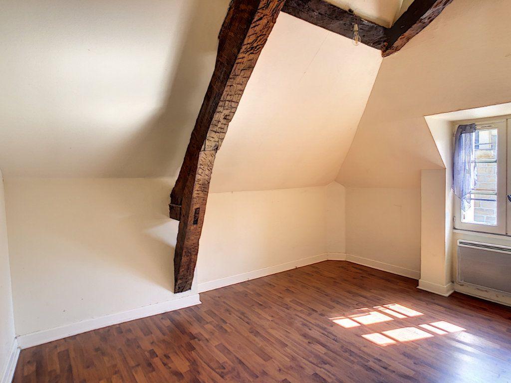 Appartement à louer 3 36.62m2 à Brive-la-Gaillarde vignette-4