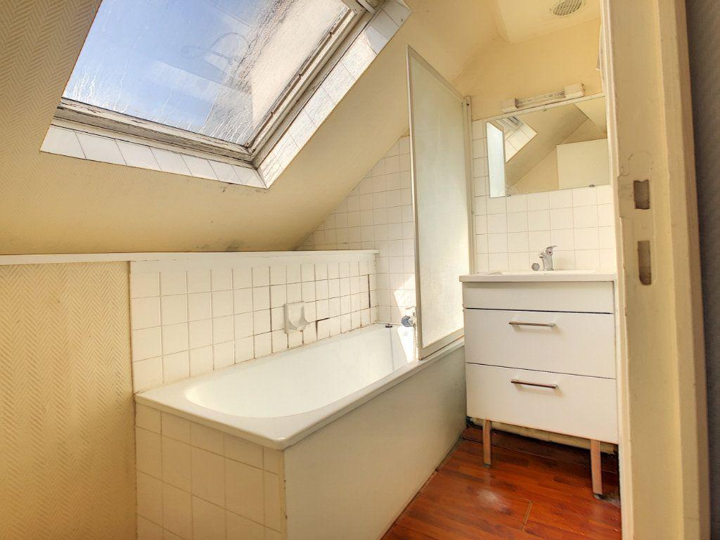 Appartement à louer 3 36.62m2 à Brive-la-Gaillarde vignette-7