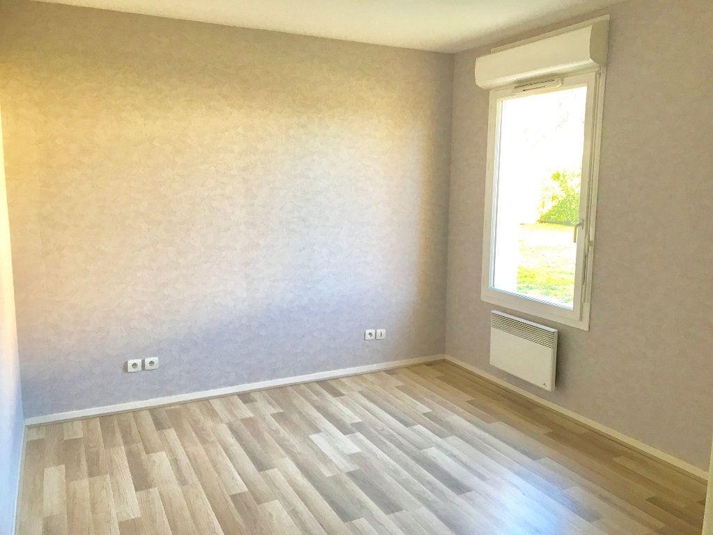 Appartement à vendre 2 51m2 à Terrasson-Lavilledieu vignette-3