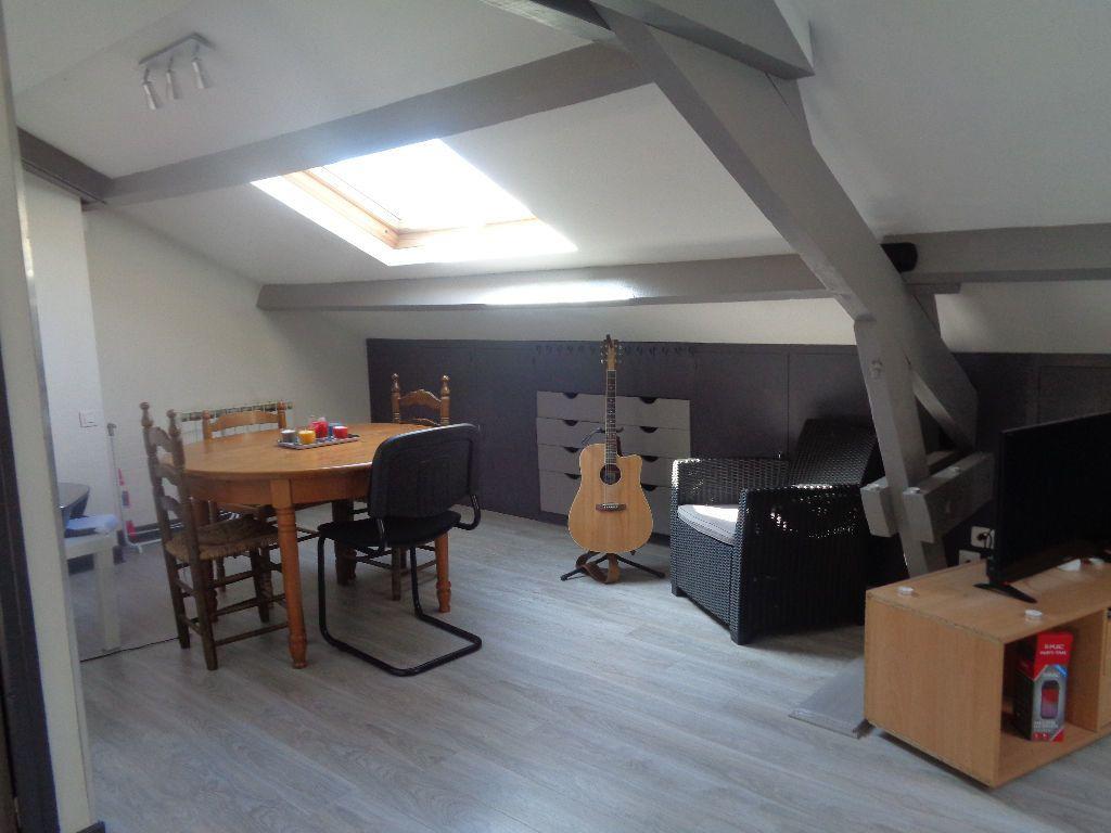 Appartement à louer 2 33m2 à Brive-la-Gaillarde vignette-1