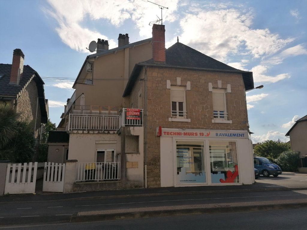Appartement à louer 2 42m2 à Brive-la-Gaillarde vignette-1