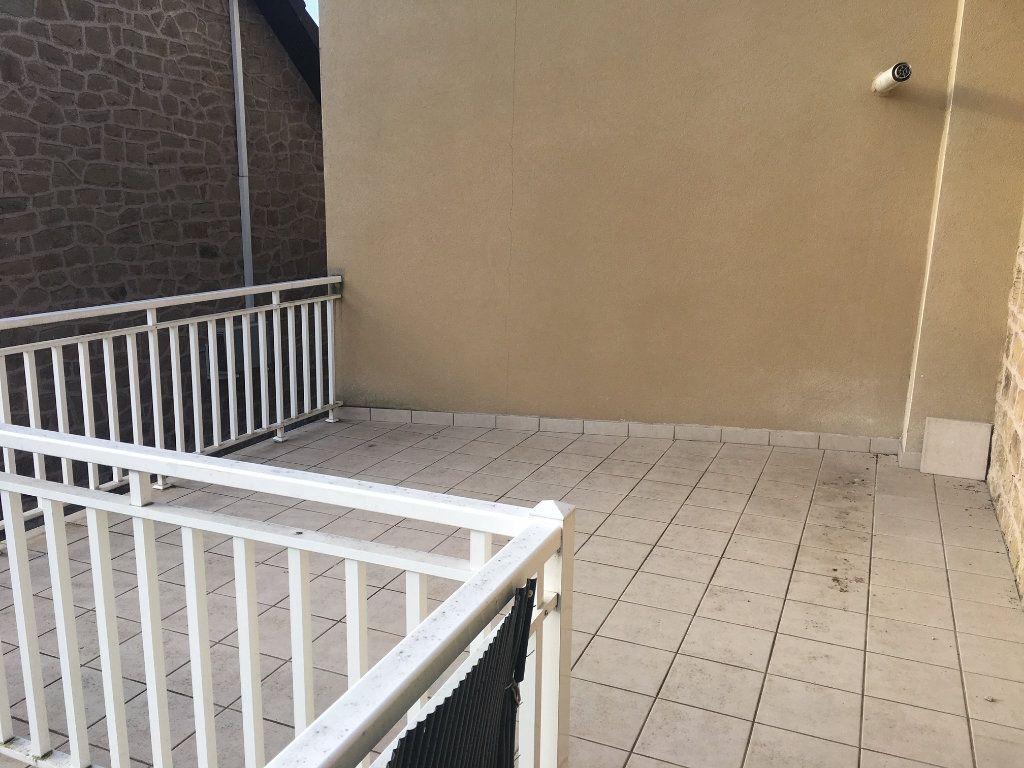 Appartement à louer 2 42m2 à Brive-la-Gaillarde vignette-3