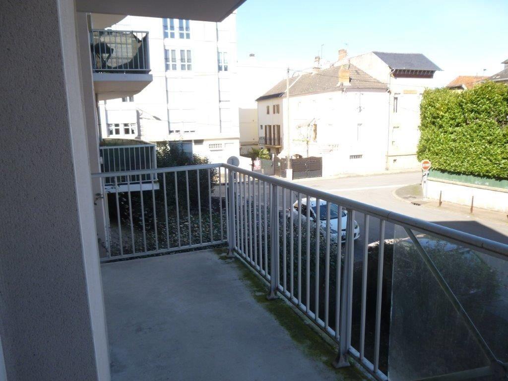 Appartement à louer 2 49m2 à Brive-la-Gaillarde vignette-6