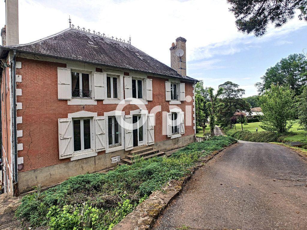 Maison à vendre 12 322m2 à Saint-Pantaléon-de-Larche vignette-3