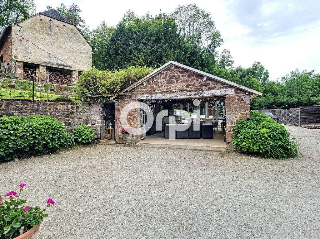 Maison à vendre 12 322m2 à Saint-Pantaléon-de-Larche vignette-4