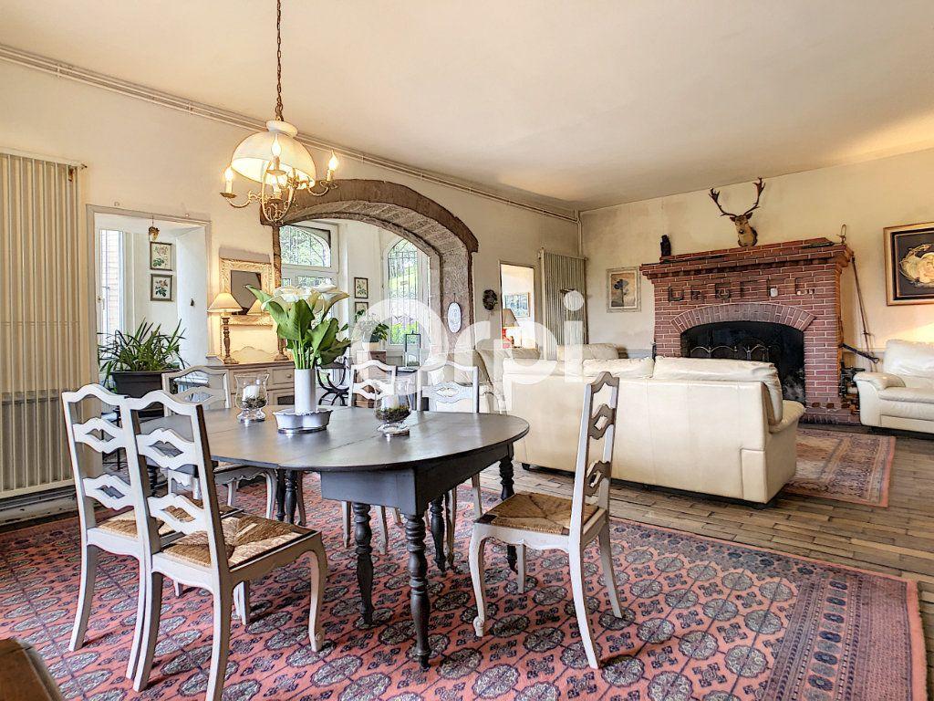 Maison à vendre 12 322m2 à Saint-Pantaléon-de-Larche vignette-7