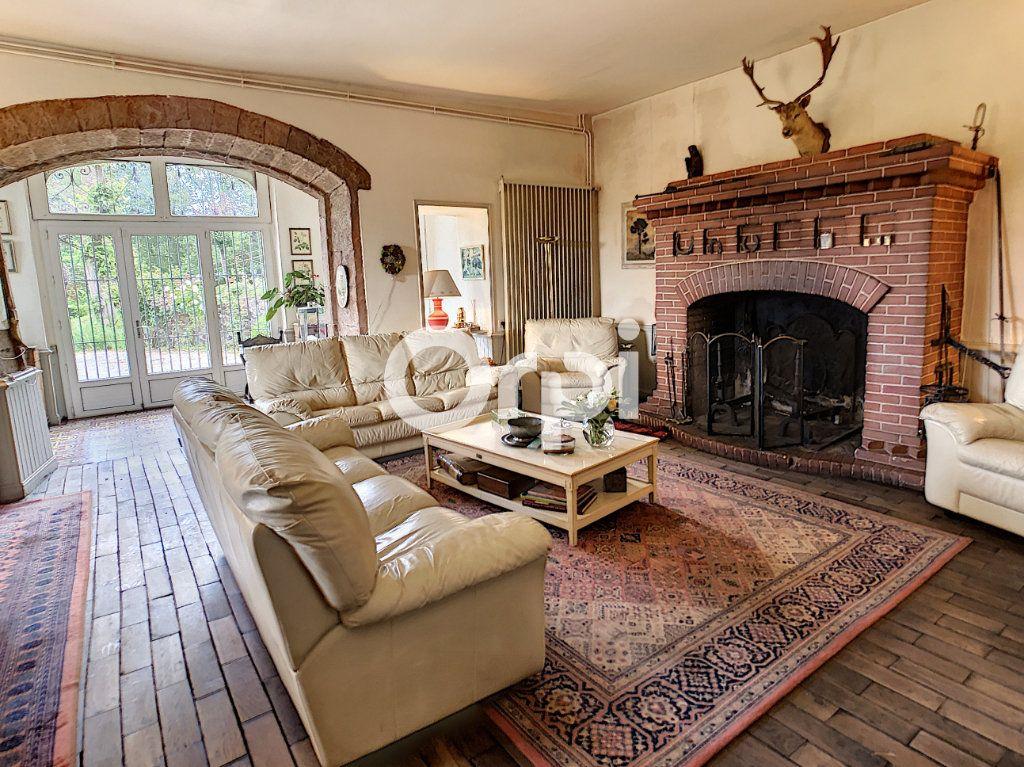 Maison à vendre 12 322m2 à Saint-Pantaléon-de-Larche vignette-8