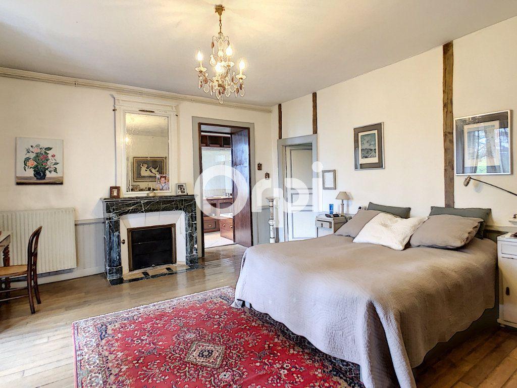 Maison à vendre 12 322m2 à Saint-Pantaléon-de-Larche vignette-12