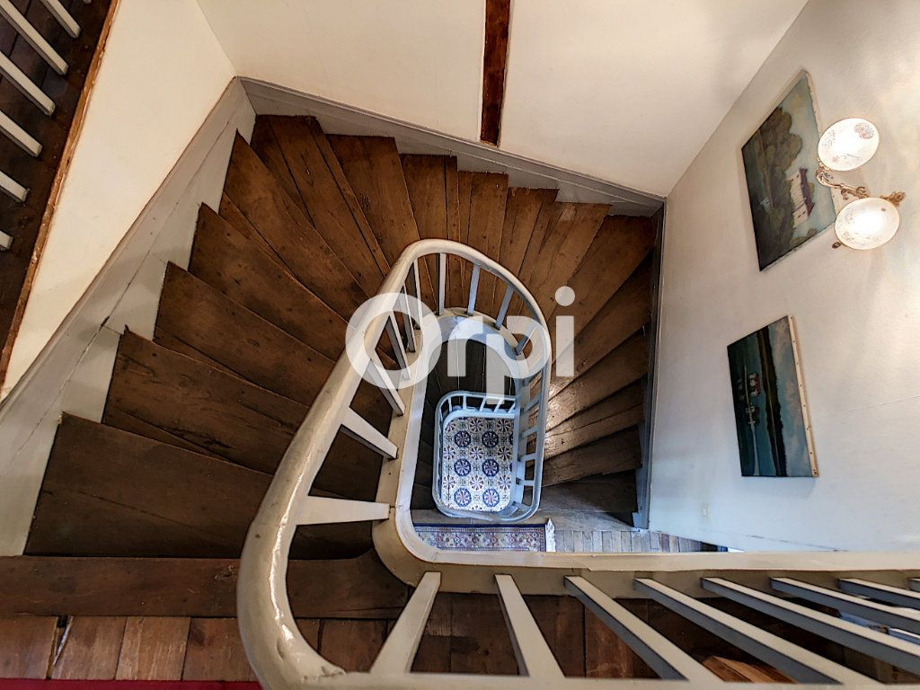 Maison à vendre 12 322m2 à Saint-Pantaléon-de-Larche vignette-17